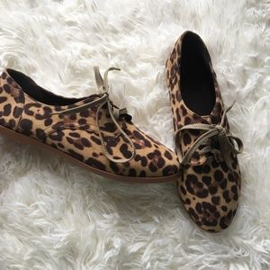 Animal Print Lace Up Shoes Size 8